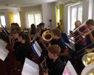 """Jugend spielt im """"Haus Edelberg"""""""
